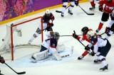 461427035ML00054_Ice_Hockey