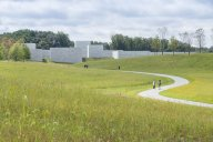 rsz_1_approach_to_the_pavilions_iwan_baan_glenstone_museum