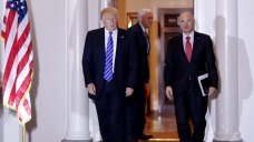Trump to Tap Fast-Food CEO as Labor Secretary
