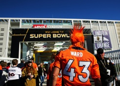 #SB50: Devoted Fans Flock to Levi's Stadium