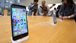 Apple Tops Earnings Estimates, Issues Healthy Forecast