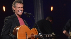 Country Star Travis Pleads Not Guilty to Assault