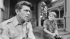 Wisconsin Inn Becomes the Real Life Mayberry