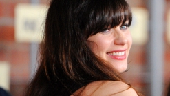 Zooey Deschanel Reacts To Her 2013 Golden Globe Nomination For