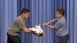'Tonight': NJ Boys Toss Flaming Pizza Dough for Fallon