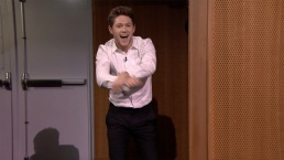'Tonight': Niall Horan Makes Fallon Do Gangnam Style