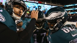 Patriots, Eagles Advance to Super Bowl LII
