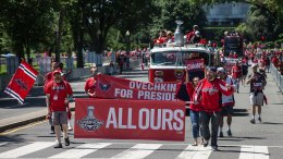 'This Is the Best': Caps Fans Rejoice at Parade, Rally