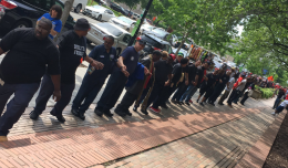 Metro Workers Form Human Chain Outside Board Meeting