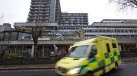 Ebola Nurse Back in Hospital After 'Complication'