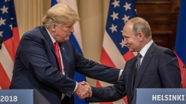 Politicians Call Trump-Putin News Conference 'Embarrassing'