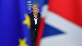UK's Theresa May Faces Pressure to Step Down to Save Brexit