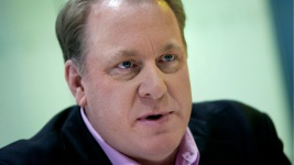 Yankees Fire Worker Who Posted Vulgar Tweets About Curt Schilling's Daughter