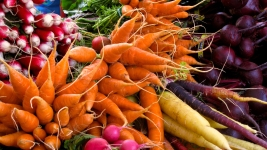 Veggies Are Most Popular Food for Super Bowl