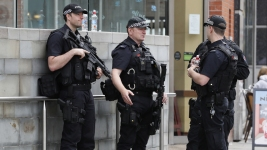 UK Threat Level Reduced as Police Make More Arrests