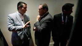 Huckabee, Cruz Go Head-to-Head for Evangelical Vote