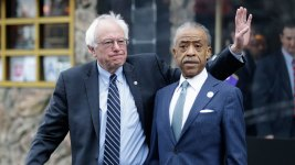 Sharpton, Sanders Meet at a Harlem Landmark