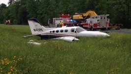 Small Plane Makes Crash Landing Along Texas Highway