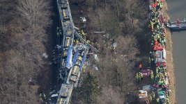 Train Crash in Germany Kills 9, Injures Scores