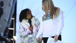 Fla. Survivors Share Stage With Others From Chicago, LA