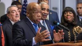 John Lewis Clarifies Comments on Sanders' Civil Rights Participation