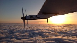 Solar-Powered Plane Lands in Pennsylvania
