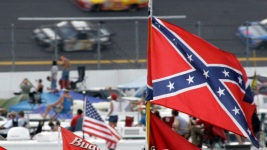 NASCAR Tracks Ask Fans to Not Fly Confederate Flag