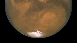 NASA Scientist: Alien Life Search Starts With Mars Missions