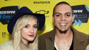 Celebrity Hookups: Simpson, Ross Tie the Knot