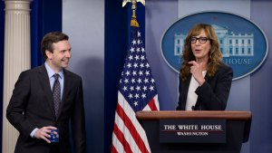 """Former """"The West Wing"""" Star Greets WH Reporters"""