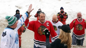 Vince Vaughn Takes Chicago Polar Plunge