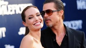 Angelina Jolie, Brad Pitt Secretly Wed in France