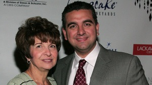 Mary Valastro, Mother of 'Cake Boss' Star, Dies at 69<br />