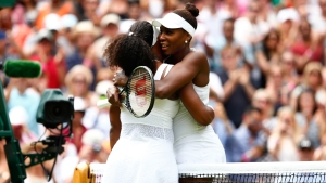 Serena Beats Venus in 2 Sets in 4th Round at Wimbledon
