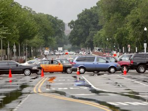Navy-Air Force Races Close DC Streets