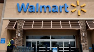 Wal-Mart Now Lets You Pay With Phone at All 4,600 US Stores