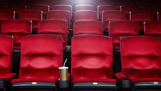 Landmark Cinemas Sues Regal Entertainment Group, Alleging Unfair Competition