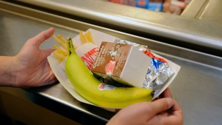 Breakfast, Lunch to Be Served at 10 DC Schools