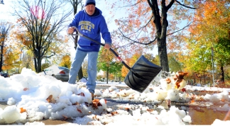 Dramatic Photos: October Snowstorm