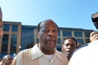 Marion Barry to Endorse Vincent Gray