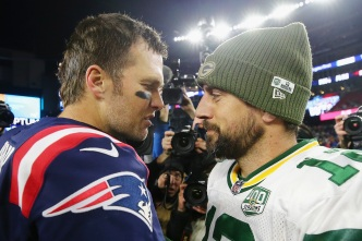 Brady Plans on Being Around for 2022 Matchup With Rodgers