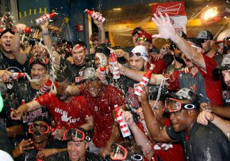Nats Clinch NL East, Beat Pirates 6-1 Behind Lopez, Drew