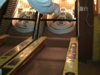 Dan Hellie Tries His Hand At Skee Ball