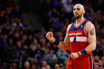 Gortat Injures Back Dunking In Warmups