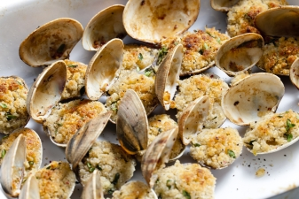 Seafood Splurge at the Tawes Clam Bake