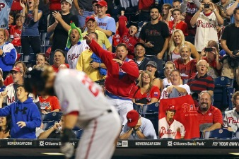 Werth Trolls Phillies Fans With Fake Toss