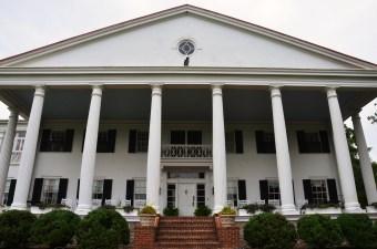 A Presidential Getaway: Rosemont Manor