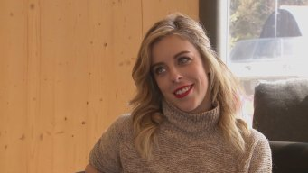 Ceiling Fans, Hidden Talent and Karaoke, Meet Ashley Wagner