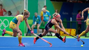 US Women's Field Hockey Team Beats Australia 2-1