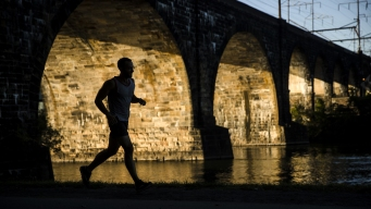 Exercise on the Rise in US, But So Is Obesity, Survey Finds